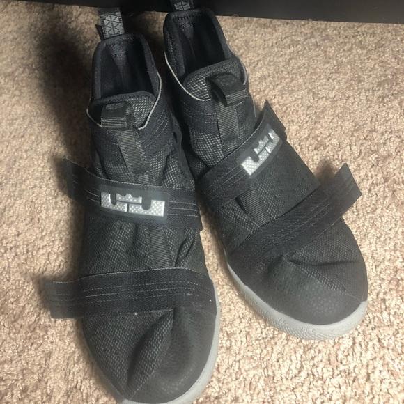 online store 9d630 1437b Lebron James Soldier 10 Black Basketball Shoes